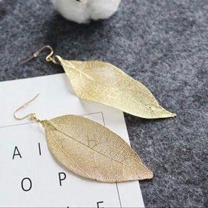 Beautiful gold leaf earrings